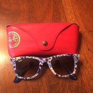 Ray Ban Wayfarer Sunglasses - Floral